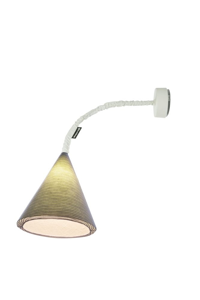 https://res.cloudinary.com/clippings/image/upload/t_big/dpr_auto,f_auto,w_auto/v1524125015/products/jazz-a-stripe-wall-light-es-artdesign-in-esartdesign-clippings-10072131.jpg