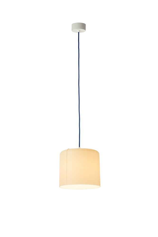 https://res.cloudinary.com/clippings/image/upload/t_big/dpr_auto,f_auto,w_auto/v1524198794/products/candle-2-pendant-light-es-artdesign-in-esartdesign-clippings-10080271.jpg