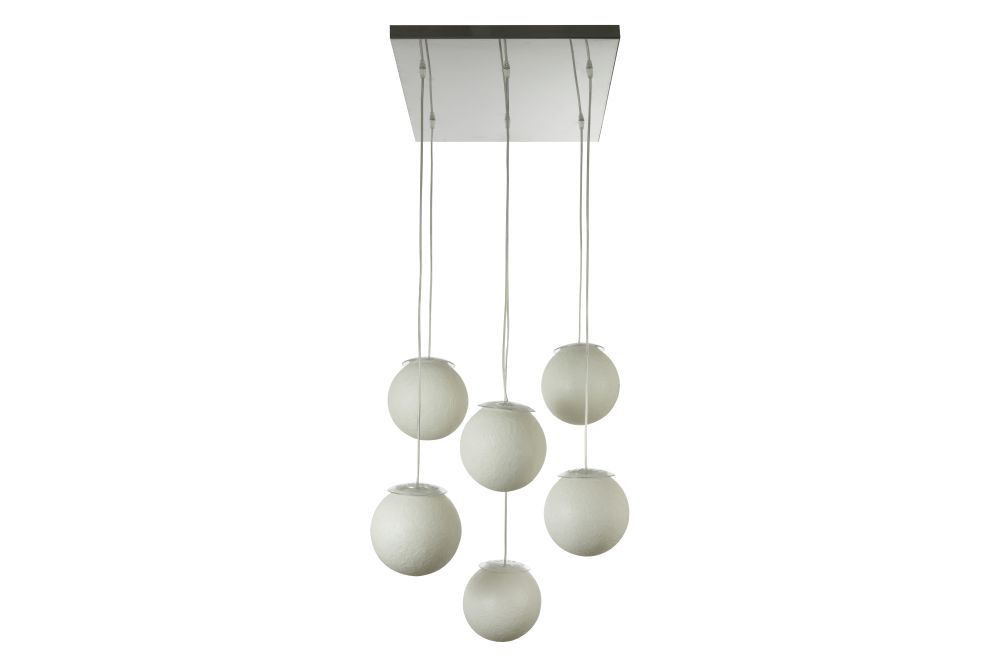 https://res.cloudinary.com/clippings/image/upload/t_big/dpr_auto,f_auto,w_auto/v1524464563/products/sei-lune-pendant-light-in-esartdesign-clippings-10082861.jpg