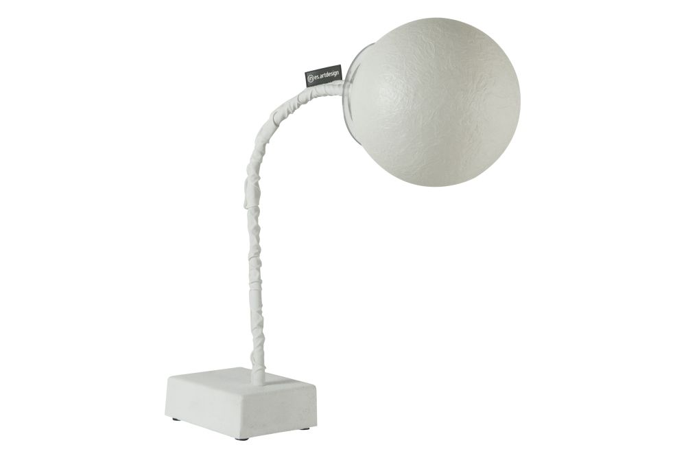 https://res.cloudinary.com/clippings/image/upload/t_big/dpr_auto,f_auto,w_auto/v1524464843/products/micro-t-luna-table-lamp-in-esartdesign-clippings-10082951.jpg