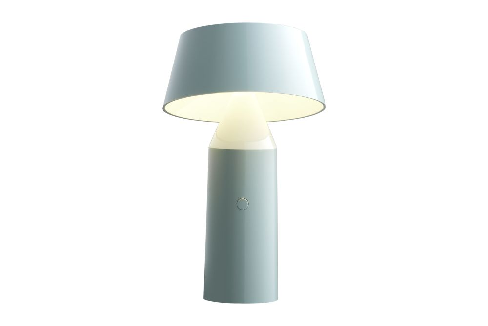 https://res.cloudinary.com/clippings/image/upload/t_big/dpr_auto,f_auto,w_auto/v1524729062/products/bicoca-table-lamp-marset-christophe-mathieu-clippings-10095371.jpg