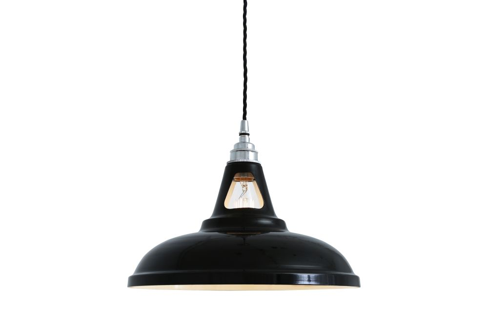 https://res.cloudinary.com/clippings/image/upload/t_big/dpr_auto,f_auto,w_auto/v1525247239/products/vienna-pendant-light-mullan-mullan-lighting-clippings-10115221.jpg