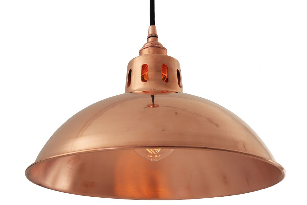 https://res.cloudinary.com/clippings/image/upload/t_big/dpr_auto,f_auto,w_auto/v1525249875/products/berlin-pendant-light-mullan-mullan-lighting-clippings-10115691.jpg