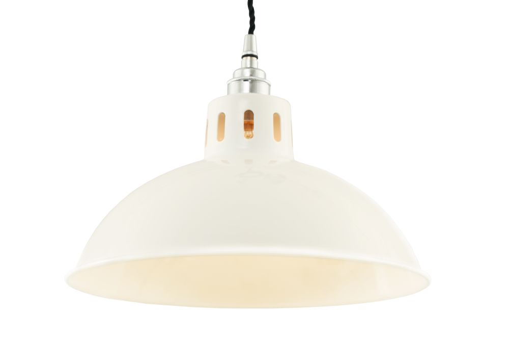 https://res.cloudinary.com/clippings/image/upload/t_big/dpr_auto,f_auto,w_auto/v1525250530/products/osson-pendant-light-mullan-mullan-lighting-clippings-10115751.jpg