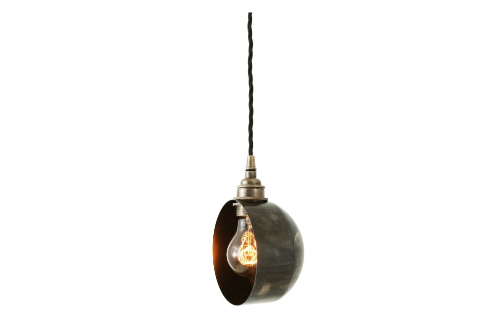 https://res.cloudinary.com/clippings/image/upload/t_big/dpr_auto,f_auto,w_auto/v1525253703/products/bogota-pendant-light-mullan-mullan-lighting-clippings-10116981.jpg