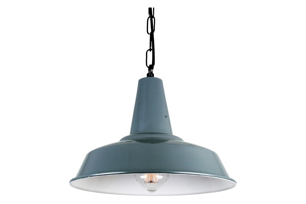 https://res.cloudinary.com/clippings/image/upload/t_big/dpr_auto,f_auto,w_auto/v1525254642/products/hex-pendant-light-mullan-mullan-lighting-clippings-10117451.jpg