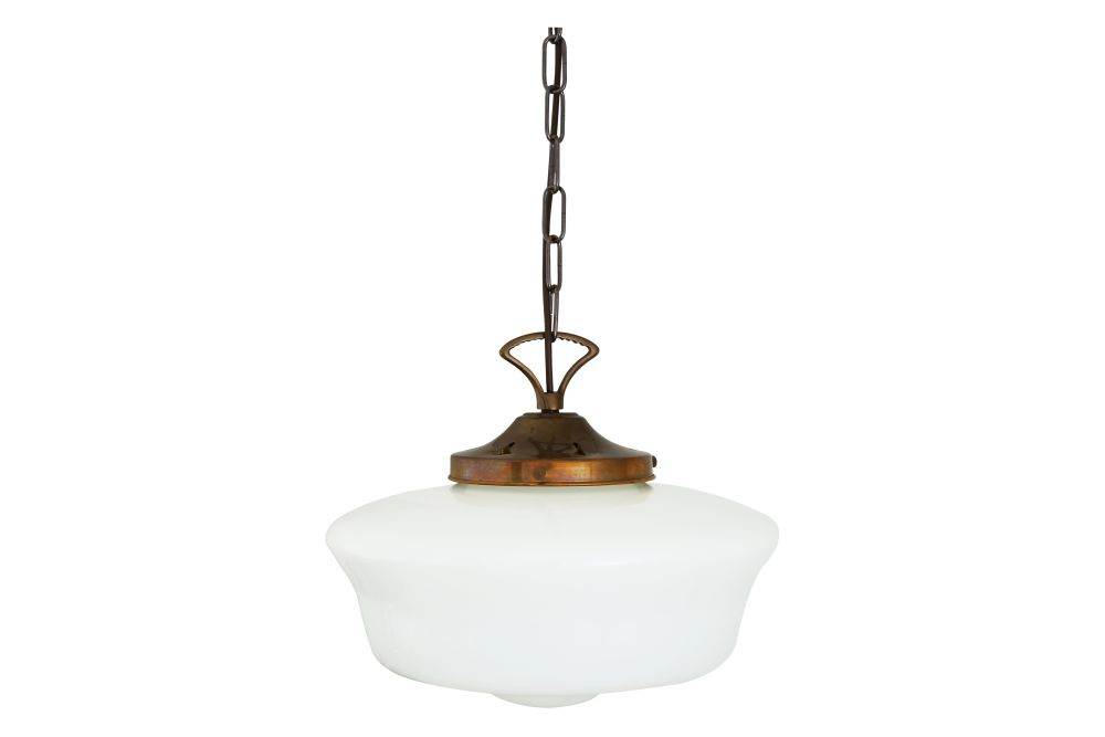https://res.cloudinary.com/clippings/image/upload/t_big/dpr_auto,f_auto,w_auto/v1525258789/products/schoolhouse-pendant-light-mullan-mullan-lighting-clippings-10118641.jpg