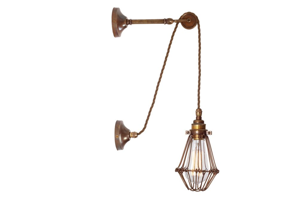 https://res.cloudinary.com/clippings/image/upload/t_big/dpr_auto,f_auto,w_auto/v1525319170/products/apoch-wall-light-mullan-mullan-lighting-clippings-10119831.jpg