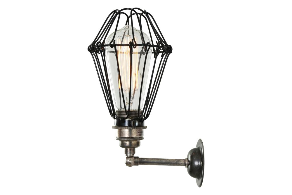 https://res.cloudinary.com/clippings/image/upload/t_big/dpr_auto,f_auto,w_auto/v1525322626/products/cotonou-wall-light-mullan-mullan-lighting-clippings-10120241.jpg