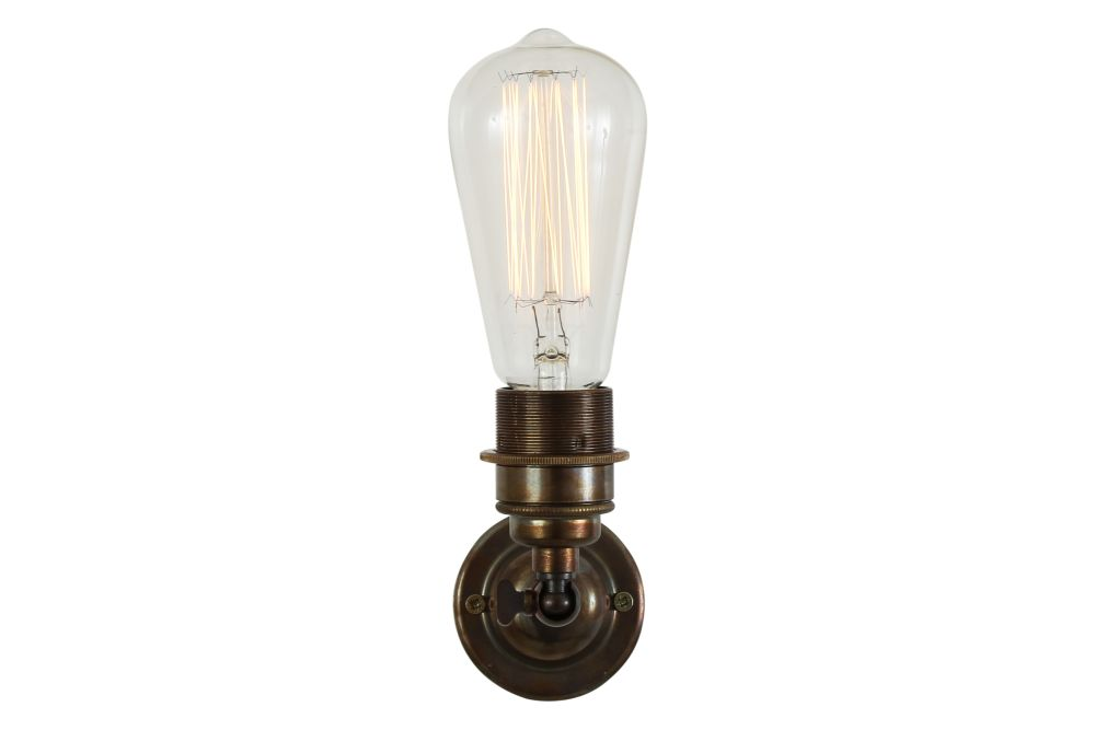 https://res.cloudinary.com/clippings/image/upload/t_big/dpr_auto,f_auto,w_auto/v1525326583/products/lome-vintage-minimalist-wall-light-mullan-mullan-lighting-clippings-10121191.jpg