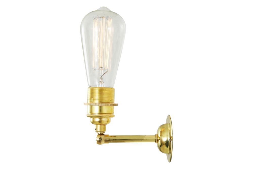 https://res.cloudinary.com/clippings/image/upload/t_big/dpr_auto,f_auto,w_auto/v1525326589/products/lome-vintage-minimalist-wall-light-mullan-mullan-lighting-clippings-10121241.jpg