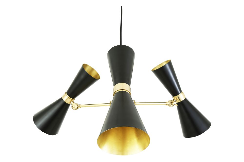 https://res.cloudinary.com/clippings/image/upload/t_big/dpr_auto,f_auto,w_auto/v1525327404/products/cairo-3-arm-chandelier-mullan-mullan-lighting-clippings-10121421.jpg