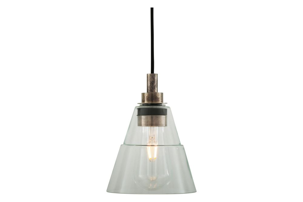 https://res.cloudinary.com/clippings/image/upload/t_big/dpr_auto,f_auto,w_auto/v1525327732/products/kairi-pendant-light-mullan-mullan-lighting-clippings-10121521.jpg