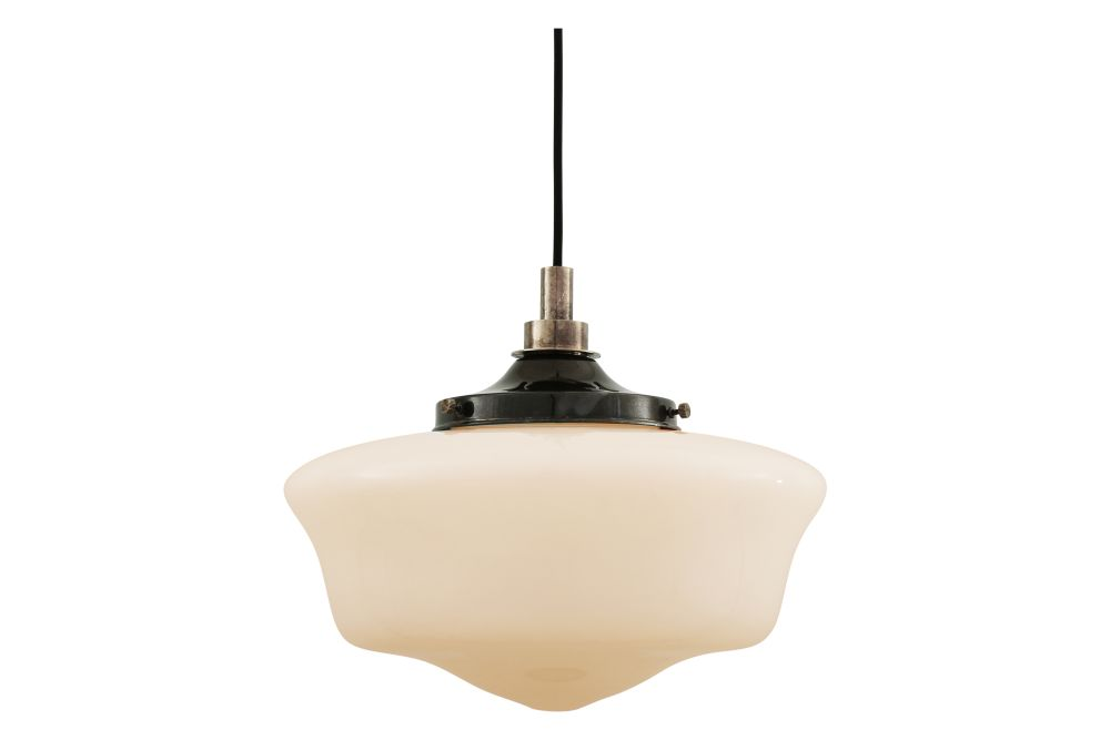 https://res.cloudinary.com/clippings/image/upload/t_big/dpr_auto,f_auto,w_auto/v1525329385/products/anath-pendant-light-mullan-mullan-lighting-clippings-10121691.jpg