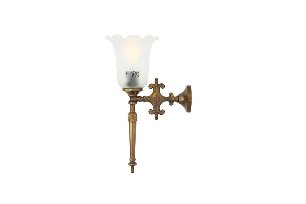 https://res.cloudinary.com/clippings/image/upload/t_big/dpr_auto,f_auto,w_auto/v1525329820/products/allen-wall-light-mullan-mullan-lighting-clippings-10121841.jpg