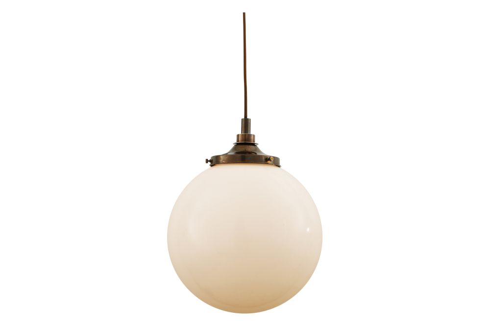 https://res.cloudinary.com/clippings/image/upload/t_big/dpr_auto,f_auto,w_auto/v1525330320/products/pelagia-pendant-light-mullan-mullan-lighting-clippings-10121901.jpg