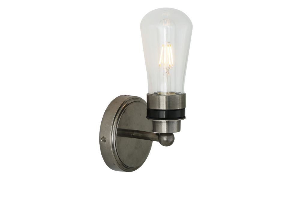 https://res.cloudinary.com/clippings/image/upload/t_big/dpr_auto,f_auto,w_auto/v1525331789/products/cordelia-wall-light-mullan-mullan-lighting-clippings-10122061.jpg