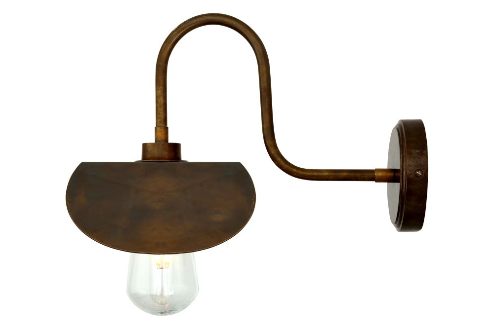 https://res.cloudinary.com/clippings/image/upload/t_big/dpr_auto,f_auto,w_auto/v1525332916/products/hali-swan-neck-wall-light-mullan-mullan-lighting-clippings-10122421.jpg