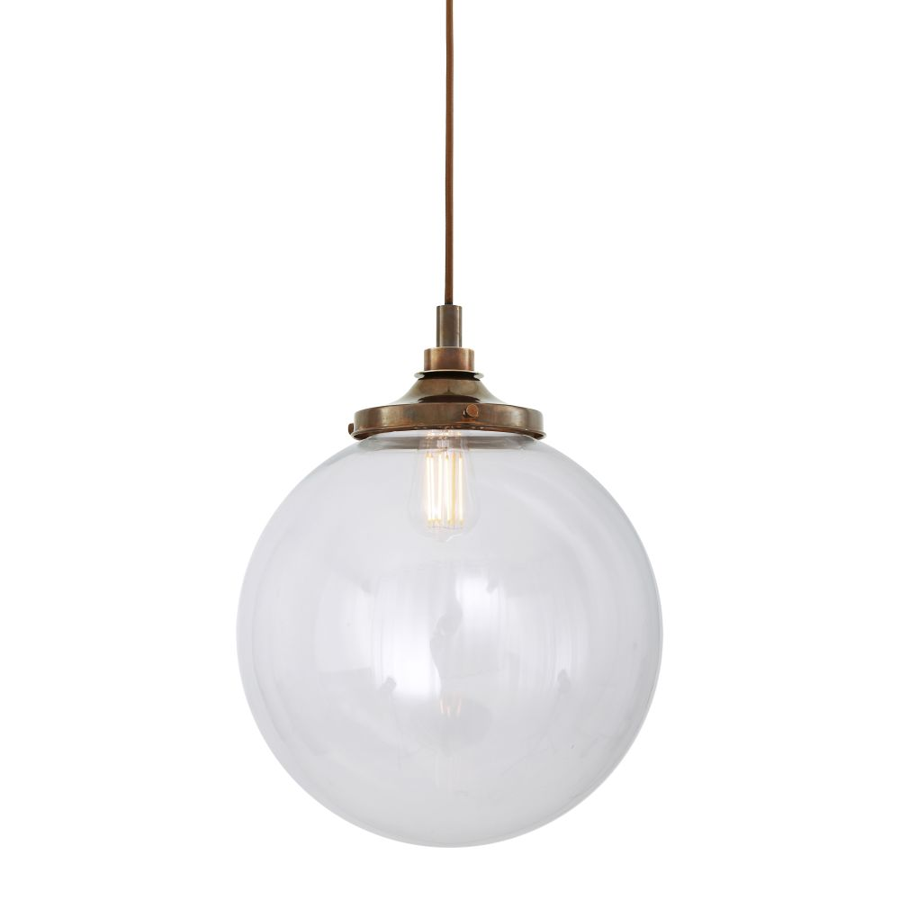 https://res.cloudinary.com/clippings/image/upload/t_big/dpr_auto,f_auto,w_auto/v1525333014/products/laguna-pendant-light-mullan-mullan-lighting-clippings-10122461.jpg