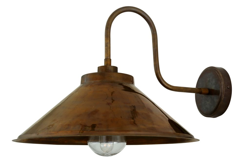 https://res.cloudinary.com/clippings/image/upload/t_big/dpr_auto,f_auto,w_auto/v1525333991/products/nerissa-swan-neck-wall-light-mullan-mullan-lighting-clippings-10122711.jpg