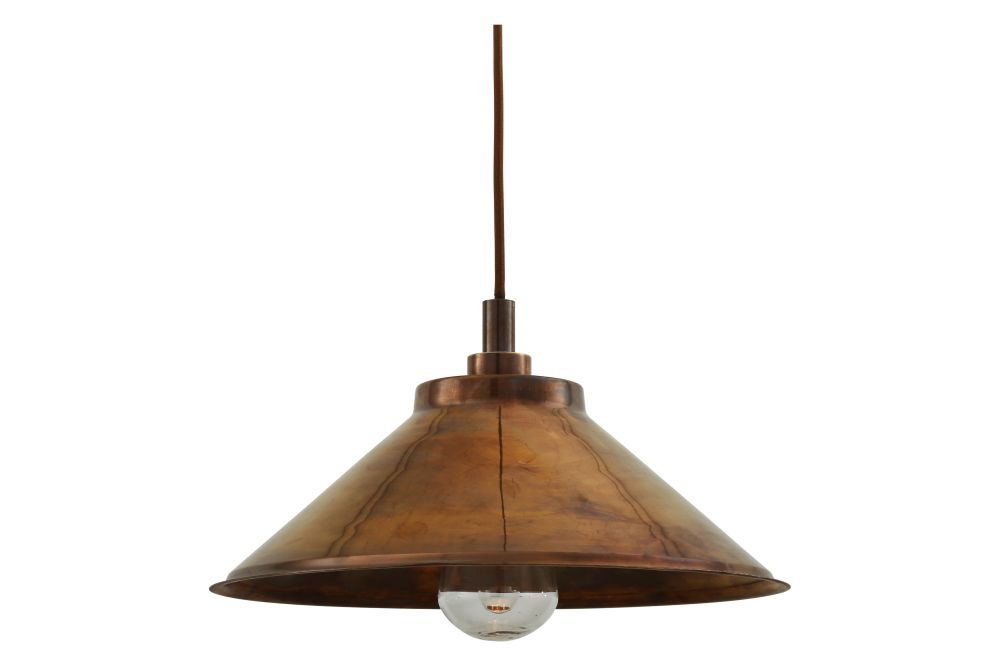 https://res.cloudinary.com/clippings/image/upload/t_big/dpr_auto,f_auto,w_auto/v1525334136/products/nerissa-pendant-light-mullan-mullan-lighting-clippings-10122771.jpg