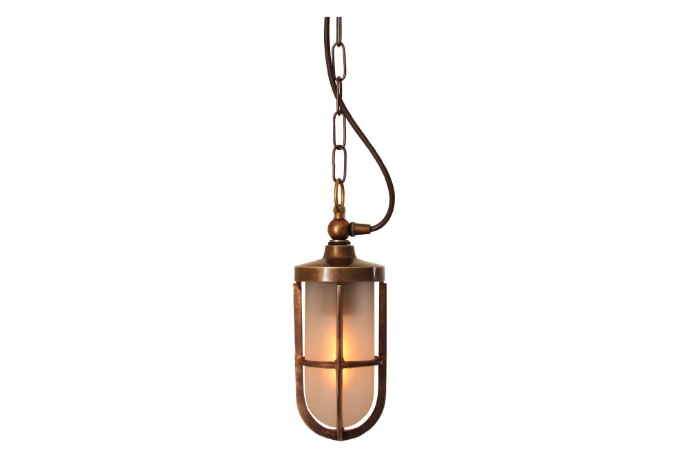 https://res.cloudinary.com/clippings/image/upload/t_big/dpr_auto,f_auto,w_auto/v1525336393/products/oregon-a-pendant-light-mullan-mullan-lighting-clippings-10123421.jpg
