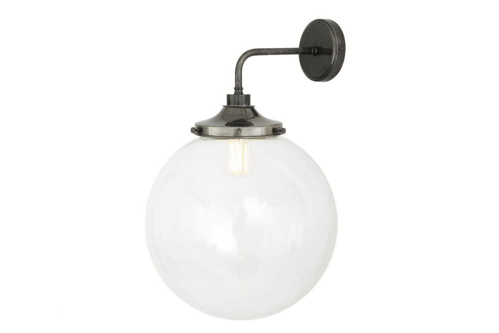 https://res.cloudinary.com/clippings/image/upload/t_big/dpr_auto,f_auto,w_auto/v1525336740/products/laguna-wall-light-mullan-mullan-lighting-clippings-10123521.jpg