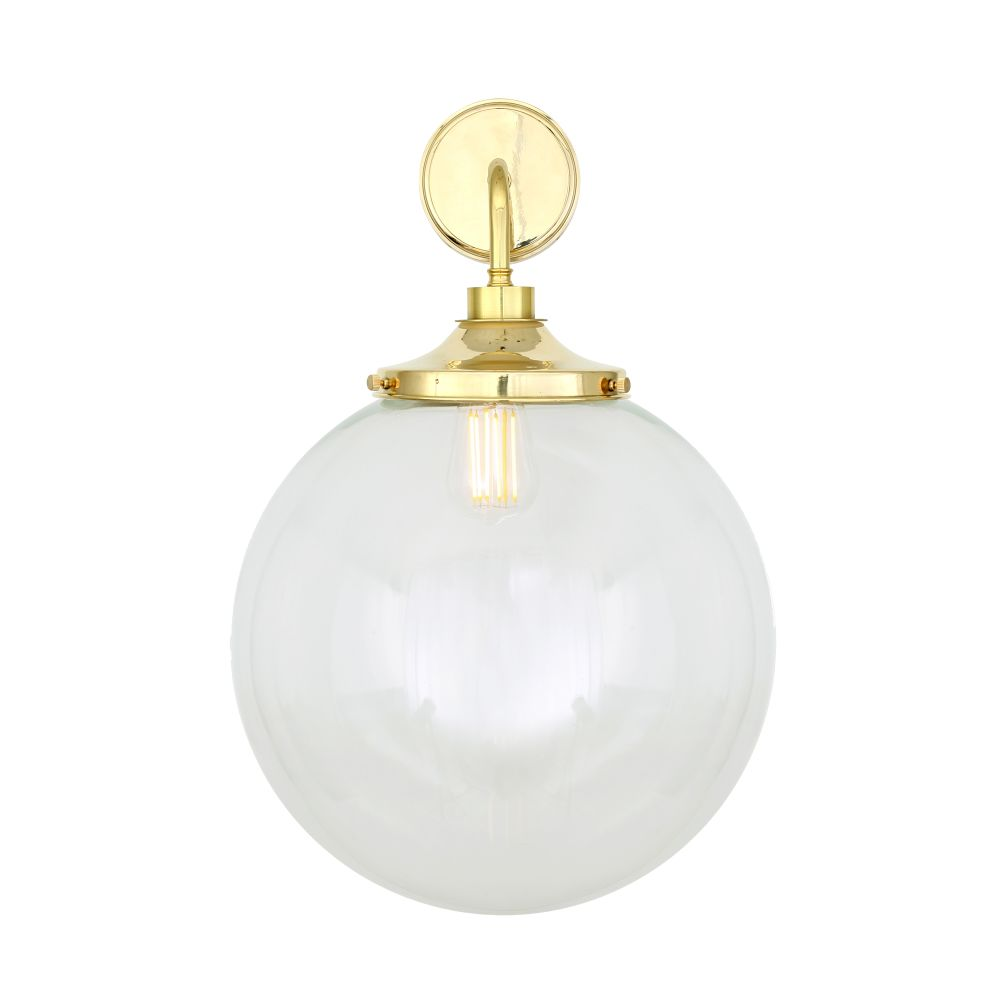 https://res.cloudinary.com/clippings/image/upload/t_big/dpr_auto,f_auto,w_auto/v1525336747/products/laguna-wall-light-mullan-mullan-lighting-clippings-10123561.jpg
