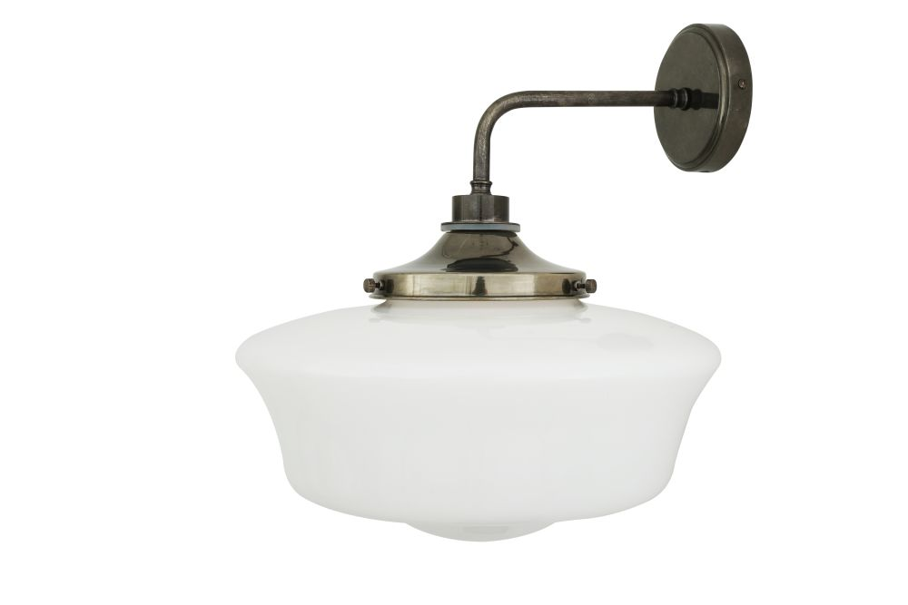 https://res.cloudinary.com/clippings/image/upload/t_big/dpr_auto,f_auto,w_auto/v1525338091/products/anath-wall-light-mullan-mullan-lighting-clippings-10123801.jpg