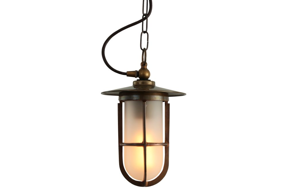 https://res.cloudinary.com/clippings/image/upload/t_big/dpr_auto,f_auto,w_auto/v1525343965/products/asmara-well-glass-pendant-light-mullan-mullan-lighting-clippings-10126681.jpg