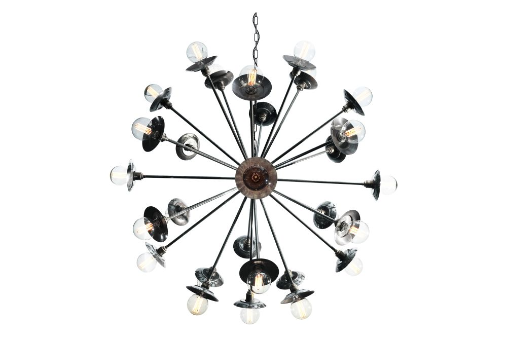 https://res.cloudinary.com/clippings/image/upload/t_big/dpr_auto,f_auto,w_auto/v1525344757/products/tokyo-chandelier-mullan-mullan-lighting-clippings-10126941.jpg