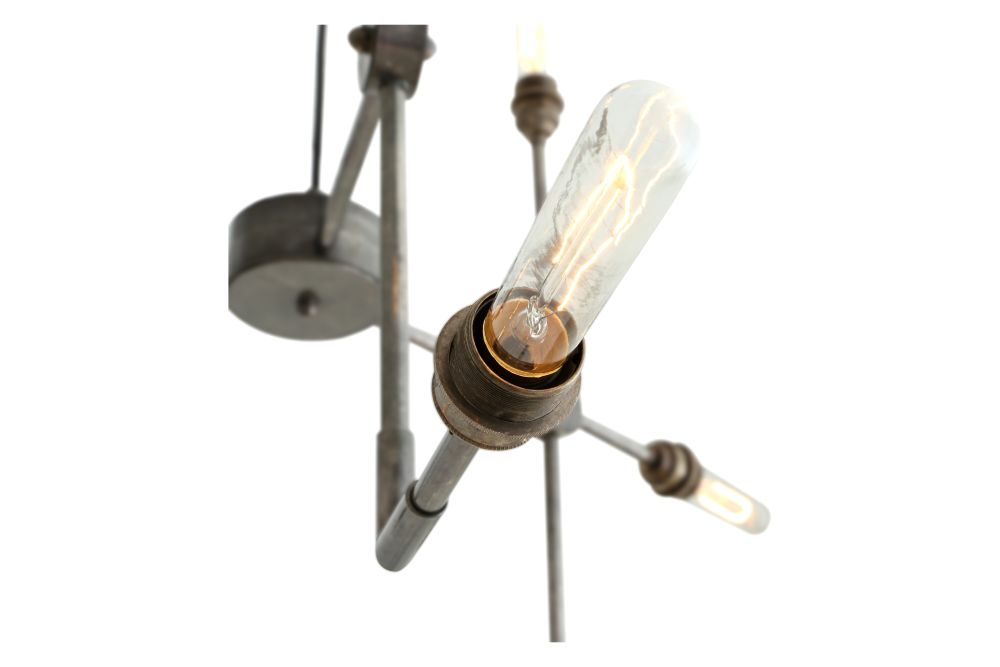 https://res.cloudinary.com/clippings/image/upload/t_big/dpr_auto,f_auto,w_auto/v1525403911/products/toluca-chandelier-mullan-mullan-lighting-clippings-10132031.jpg