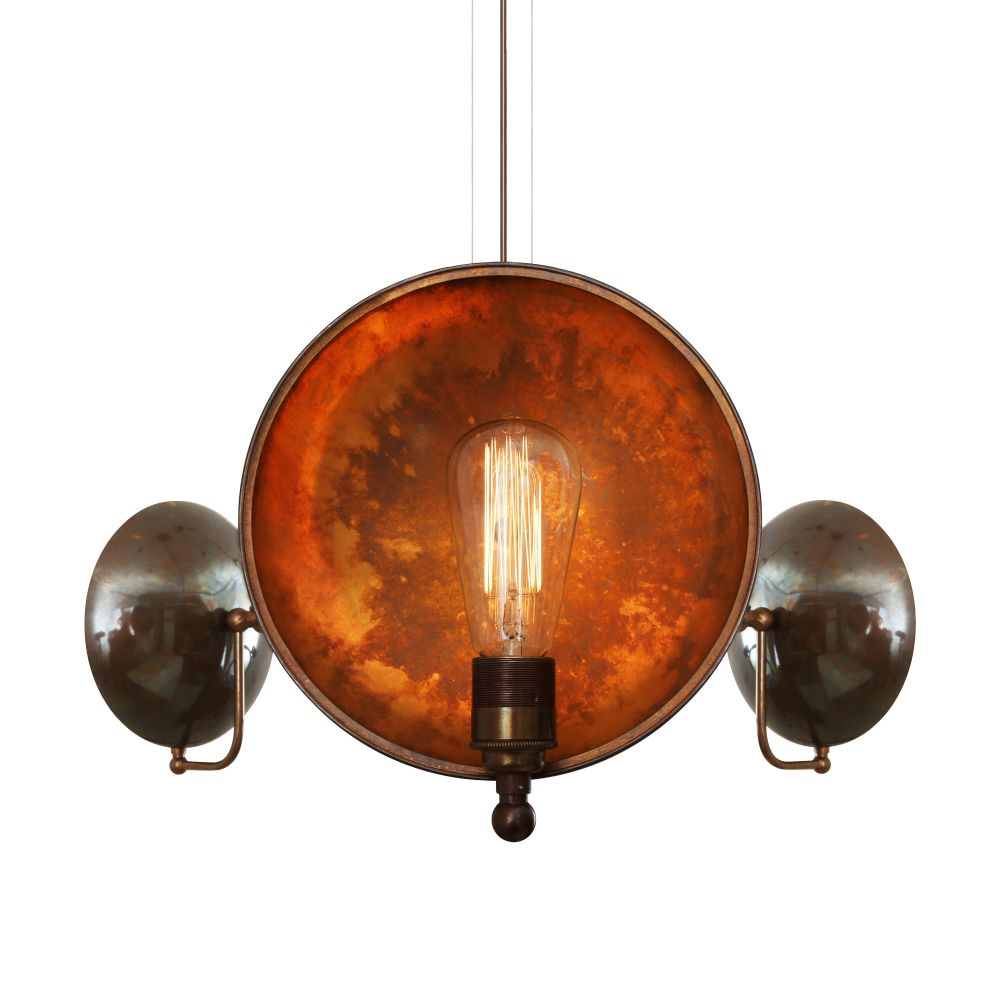 https://res.cloudinary.com/clippings/image/upload/t_big/dpr_auto,f_auto,w_auto/v1525406067/products/cullen-3-arm-chandelier-mullan-mullan-lighting-clippings-10132401.jpg