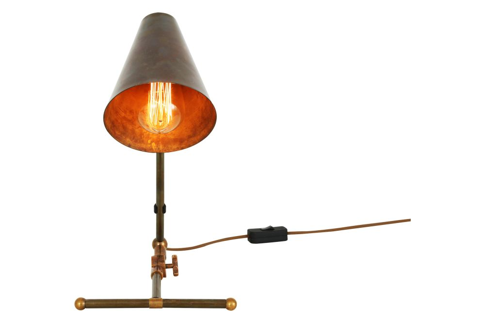 https://res.cloudinary.com/clippings/image/upload/t_big/dpr_auto,f_auto,w_auto/v1525413446/products/comoro-table-lamp-mullan-mullan-lighting-clippings-10133881.jpg