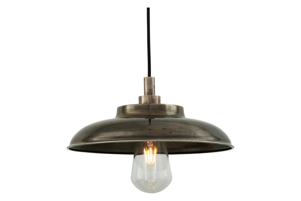 https://res.cloudinary.com/clippings/image/upload/t_big/dpr_auto,f_auto,w_auto/v1525414195/products/darya-pendant-light-mullan-mullan-lighting-clippings-10134111.jpg