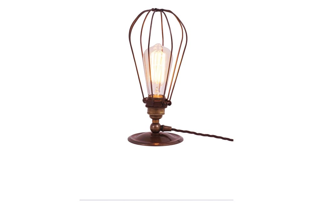 https://res.cloudinary.com/clippings/image/upload/t_big/dpr_auto,f_auto,w_auto/v1525418000/products/vox-table-lamp-mullan-mullan-lighting-clippings-10135601.jpg