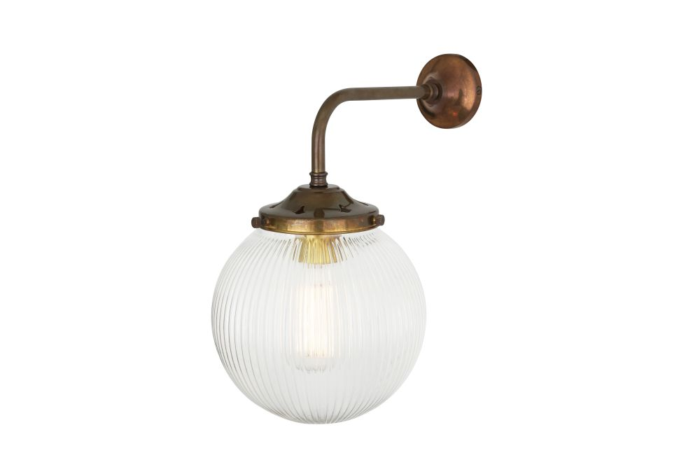 https://res.cloudinary.com/clippings/image/upload/t_big/dpr_auto,f_auto,w_auto/v1525426298/products/stanley-holophane-wall-light-mullan-mullan-lighting-clippings-10139011.jpg