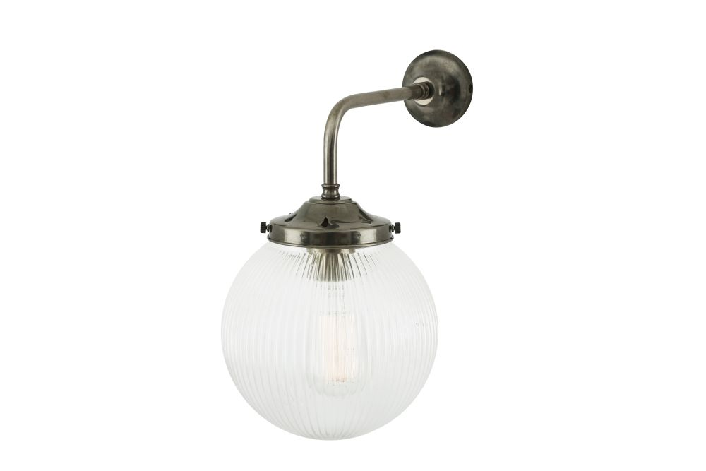 https://res.cloudinary.com/clippings/image/upload/t_big/dpr_auto,f_auto,w_auto/v1525426309/products/stanley-holophane-wall-light-mullan-mullan-lighting-clippings-10139021.jpg