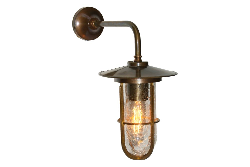 https://res.cloudinary.com/clippings/image/upload/t_big/dpr_auto,f_auto,w_auto/v1525673077/products/lena-well-glass-wall-light-mullan-mullan-lighting-clippings-10144101.jpg