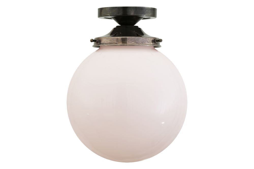 https://res.cloudinary.com/clippings/image/upload/t_big/dpr_auto,f_auto,w_auto/v1525686402/products/yerevan-globe-ceiling-light-mullan-mullan-lighting-clippings-10146151.jpg