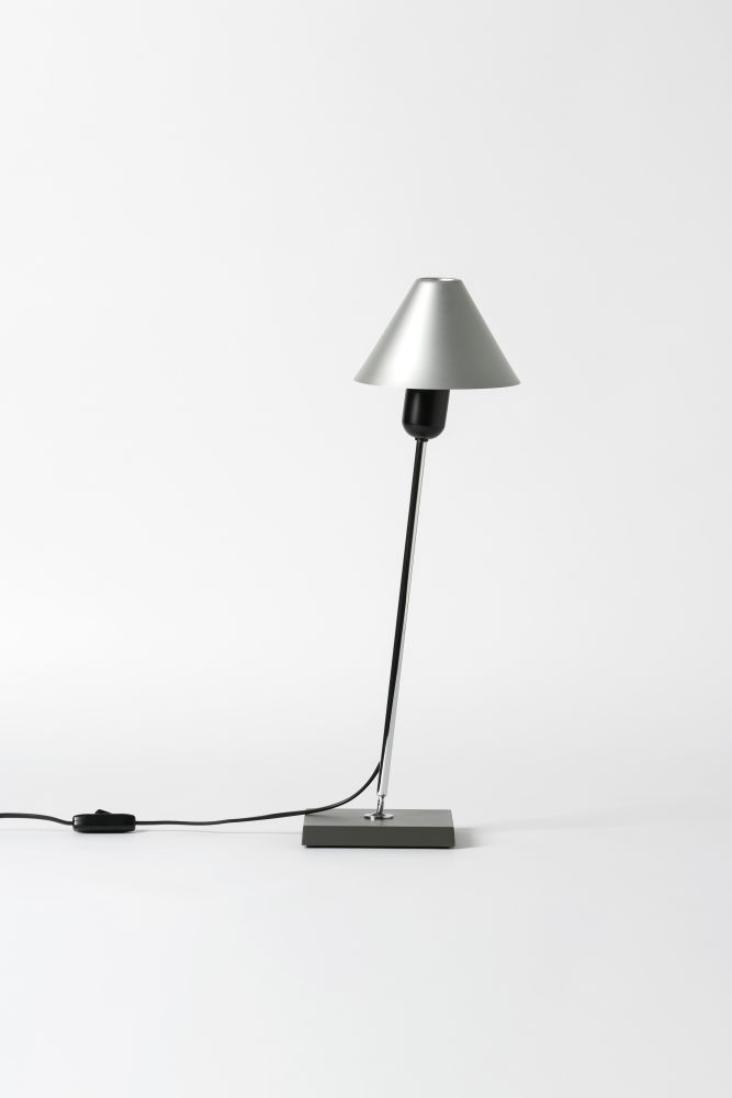 Gira Table Lamp by Santa & Cole