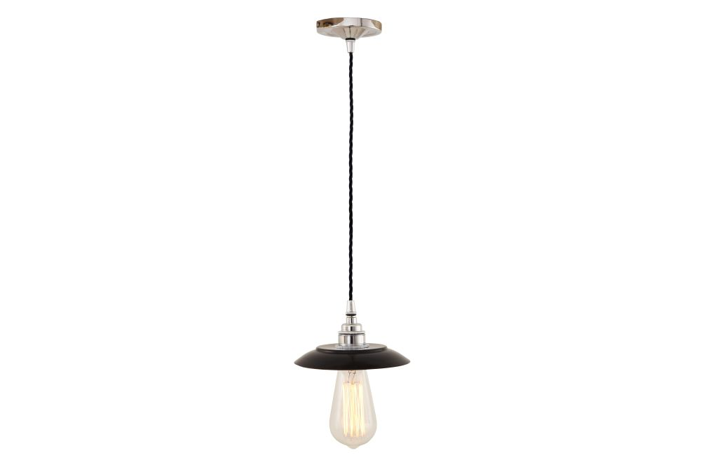 https://res.cloudinary.com/clippings/image/upload/t_big/dpr_auto,f_auto,w_auto/v1525824238/products/reznor-pendant-light-mullan-mullan-lighting-clippings-10153191.jpg