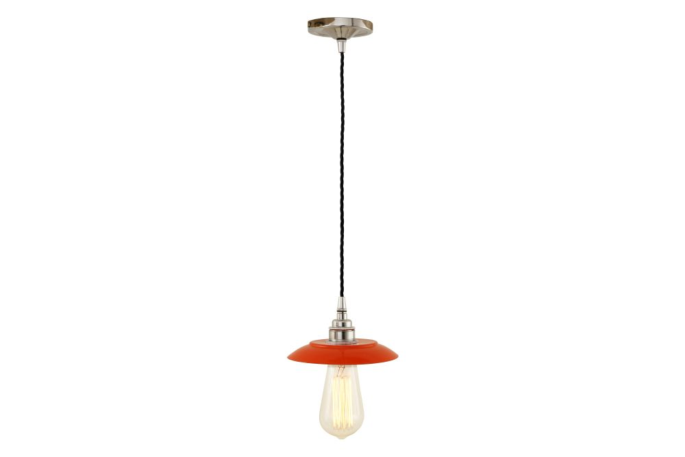 https://res.cloudinary.com/clippings/image/upload/t_big/dpr_auto,f_auto,w_auto/v1525824249/products/reznor-pendant-light-mullan-mullan-lighting-clippings-10153211.jpg