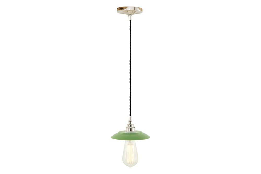 https://res.cloudinary.com/clippings/image/upload/t_big/dpr_auto,f_auto,w_auto/v1525824254/products/reznor-pendant-light-mullan-mullan-lighting-clippings-10153231.jpg