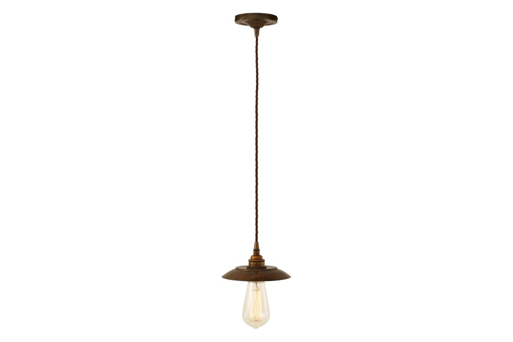 https://res.cloudinary.com/clippings/image/upload/t_big/dpr_auto,f_auto,w_auto/v1525824254/products/reznor-pendant-light-mullan-mullan-lighting-clippings-10153241.jpg