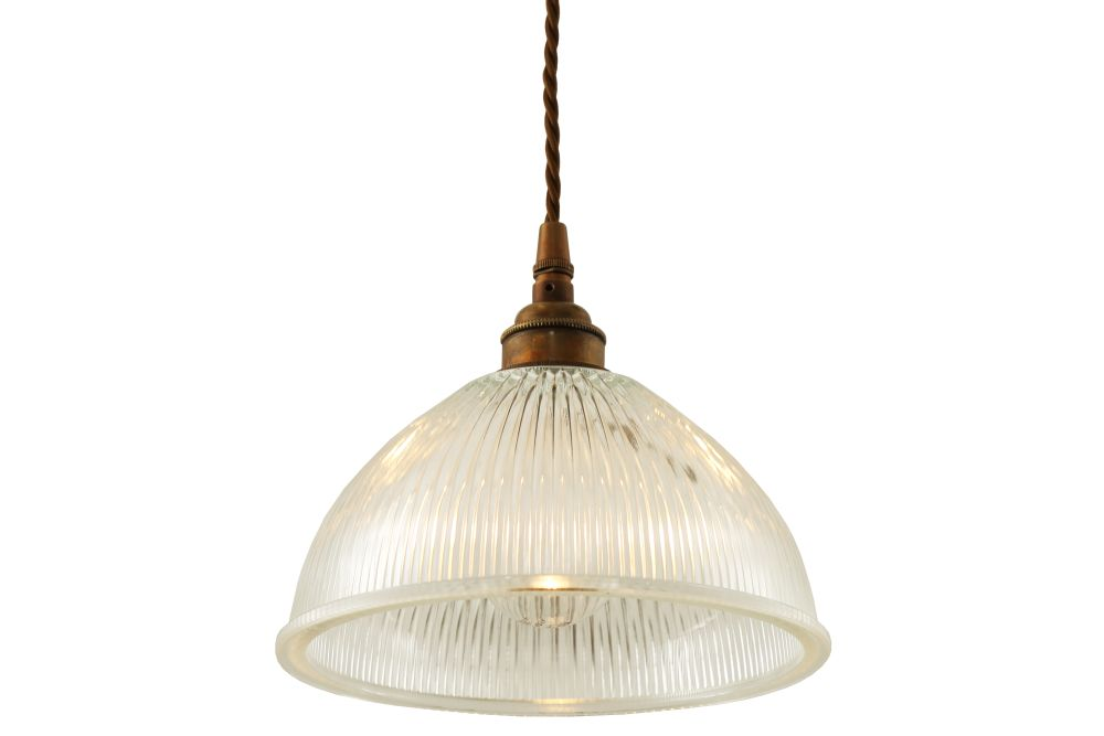 https://res.cloudinary.com/clippings/image/upload/t_big/dpr_auto,f_auto,w_auto/v1525826230/products/boston-pendant-light-mullan-mullan-lighting-clippings-10154081.jpg
