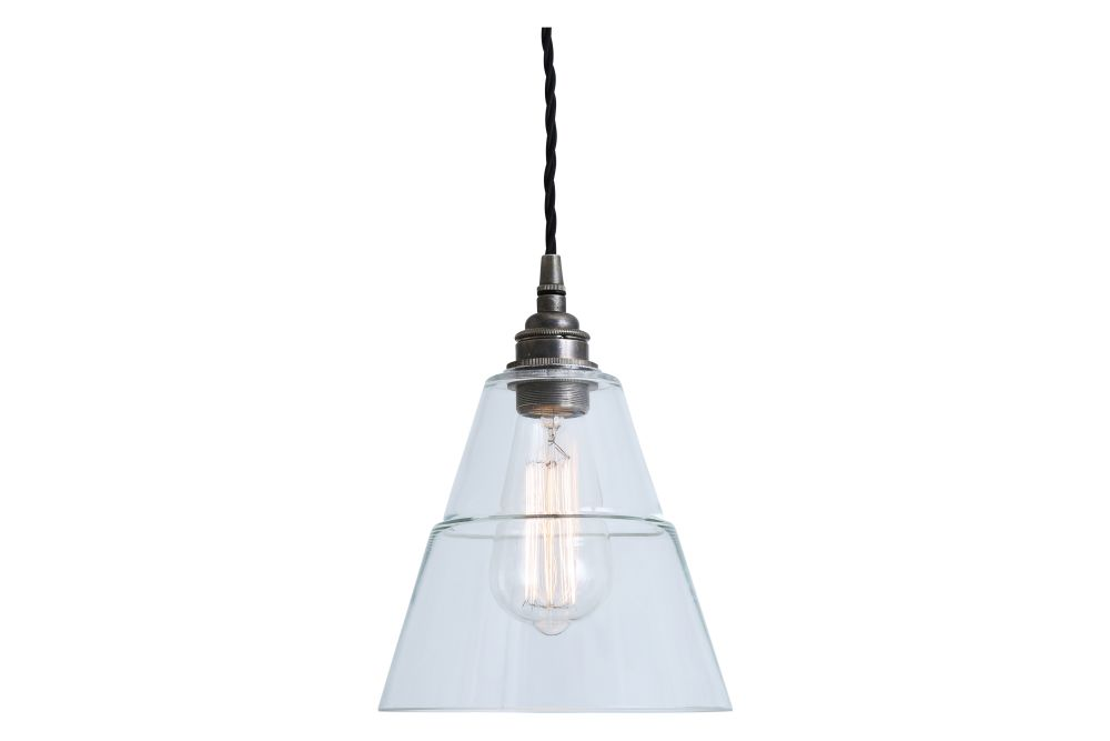https://res.cloudinary.com/clippings/image/upload/t_big/dpr_auto,f_auto,w_auto/v1525827778/products/lyx-pendant-light-mullan-mullan-lighting-clippings-10154631.jpg