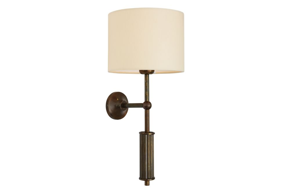 https://res.cloudinary.com/clippings/image/upload/t_big/dpr_auto,f_auto,w_auto/v1525829278/products/gorey-wall-light-mullan-mullan-lighting-clippings-10155021.jpg