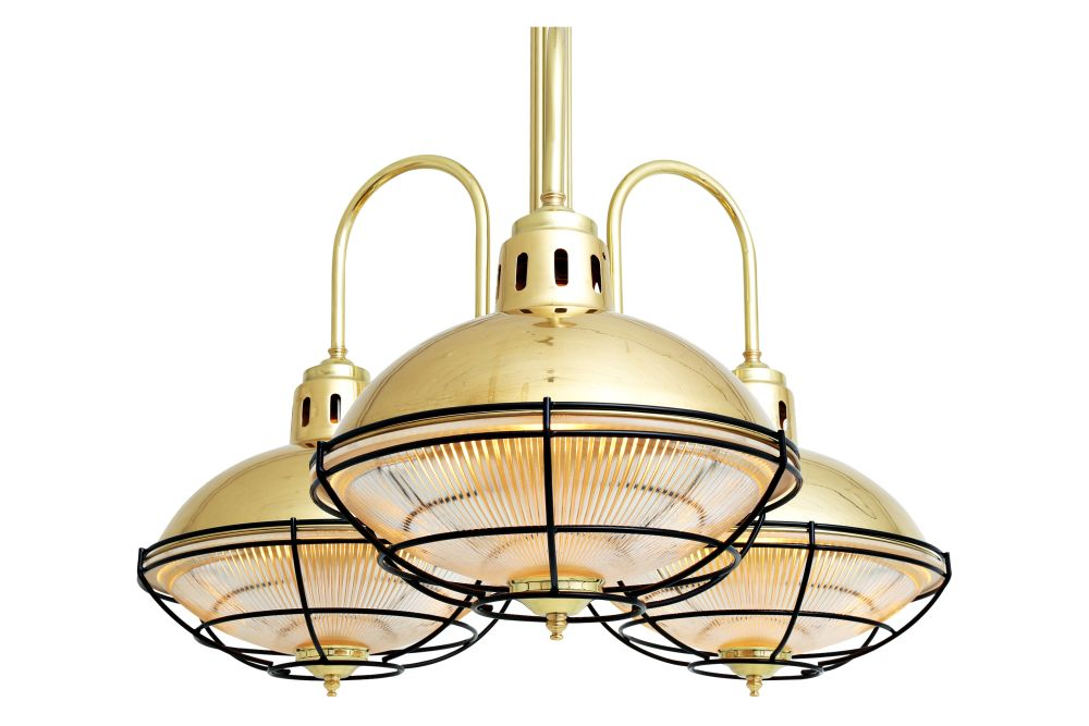 https://res.cloudinary.com/clippings/image/upload/t_big/dpr_auto,f_auto,w_auto/v1525834615/products/marlow-chandelier-mullan-mullan-lighting-clippings-10156801.jpg