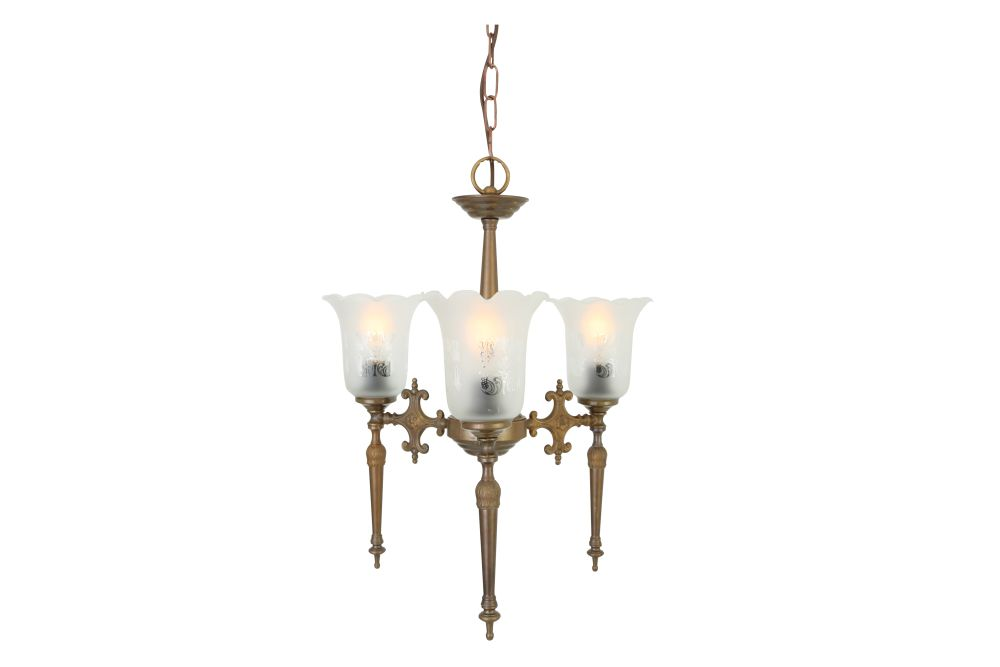 https://res.cloudinary.com/clippings/image/upload/t_big/dpr_auto,f_auto,w_auto/v1525836468/products/allen-chandelier-mullan-mullan-lighting-clippings-10157481.jpg